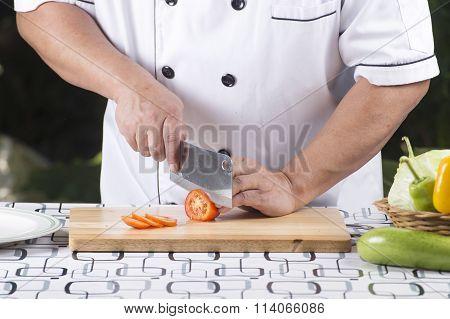 Chef Prepared Tomato For Slice