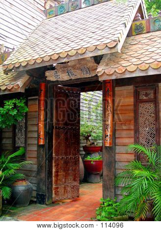 Oriental Style Entrance.