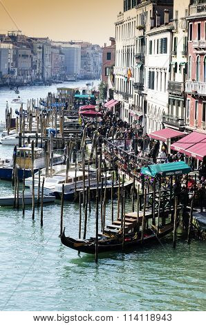 Grand Canal  Vista Dal Rialto Bridge. Venice