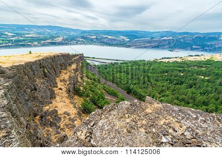 Coyote Wall Hike View In Washington