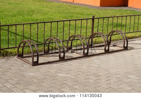 Bicycle Parking Without Bikes