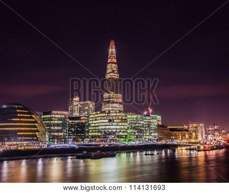 Thames river bank at night