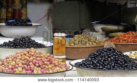 Olive On Market
