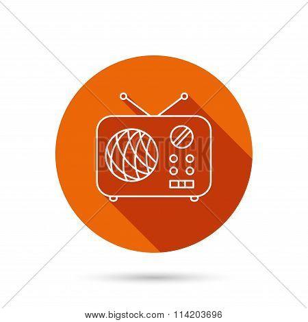Radio icon. Retro musical receiver sign.