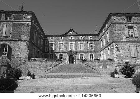 Saint-nicolas-de-la-grave (france)
