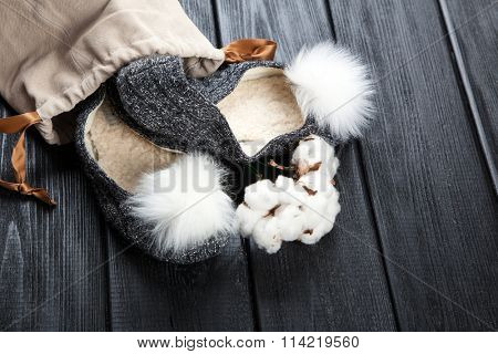 Cozy home slippers