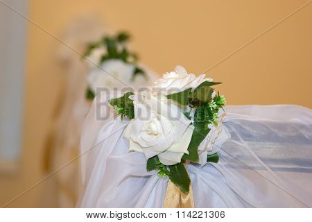 decoration of white flowers