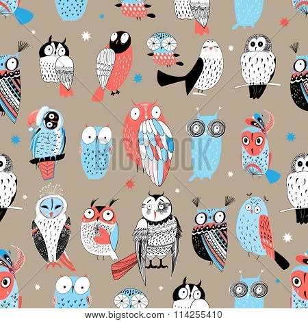 Exotic pattern with different owls