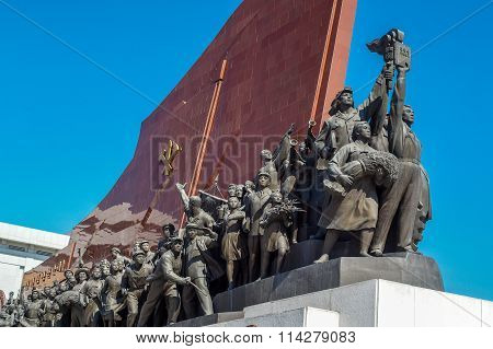 Socialist Revolution monument