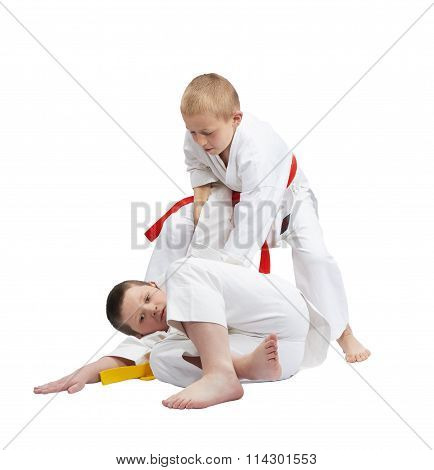 Throw of judo are training the little athletes