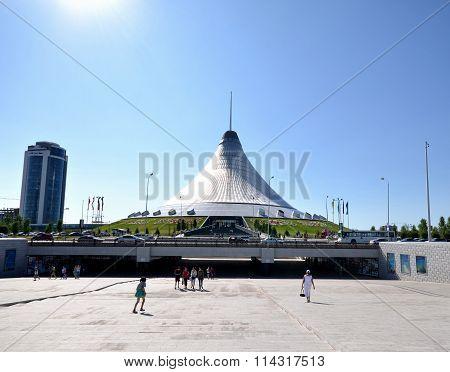 View Shopping And Entertainment Center Khan Shatyr Astana. Kazakhstan