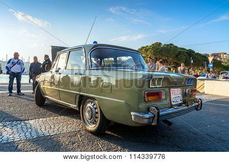 Italian State Police Flying Squad 1971 Alfa Giulia Super