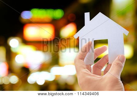 hand holding icon house concept