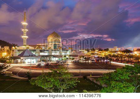 KOTA KINABALU, SABAH, MALAYSIA-OCTOBER 25, 2015: Masjid Negeri Sabah is the state mosque of Sabah.