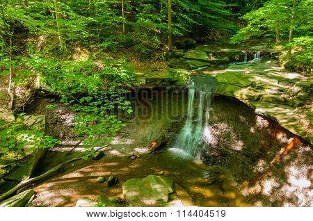 Summer Blue Hen Falls