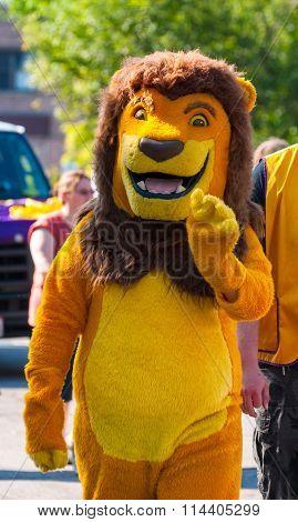 Parade Lion