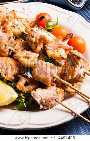 Seafood shashlik