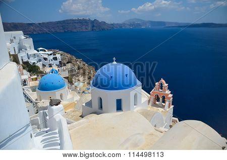 Dreamlike Trip To The Island Of Santorini