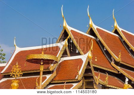 roof temple at Wat Phra That Sri Chom Thong Thailand.