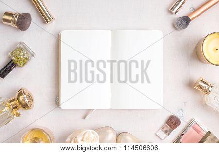 Glamour Chic Feminine Cosmetic Background
