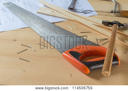 Hammer, Saws And Nails