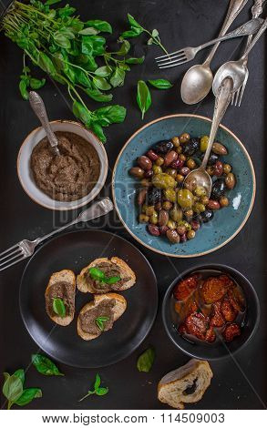 Tapenade And Assorted Provence Snacks