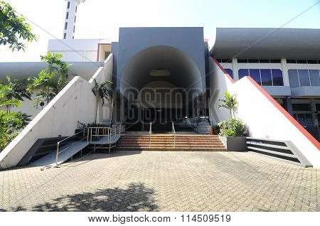 Entrance of Malaysia Putra University Mosque.