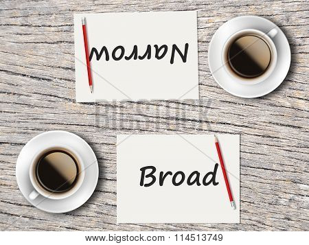 Business Concept : Comparison Between Broad And Narrow