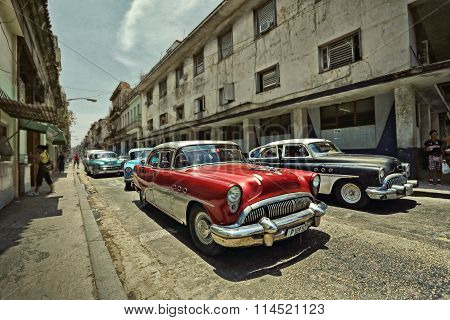CUBA, HAVANA-JUNE 29, 2015: Old cars on the streets of Havana