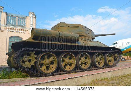KIEV, UKRAINE - SEP 2, 2015: Soviet tank T-34 near Technical History Museum of National Polytechnic University on September 2, 2015 in Kiev, Ukraine