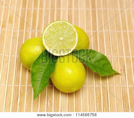 lemon fruits pile, half and whole
