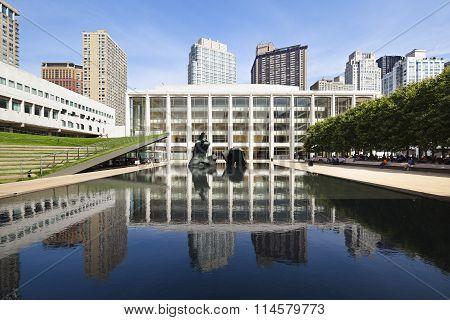 Lincoln Center, Editorial