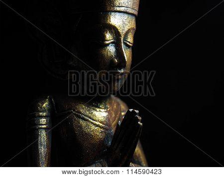 Low key golden buddha no.2