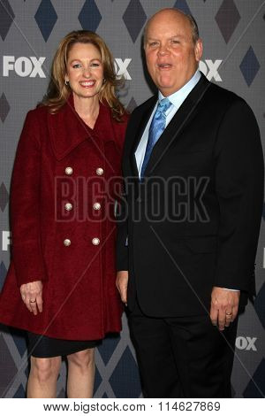 LOS ANGELES - JAN 15:  Danielle Aubuchon, Dirk Blocker at the FOX Winter TCA 2016 All-Star Party at the Langham Huntington Hotel on January 15, 2016 in Pasadena, CA