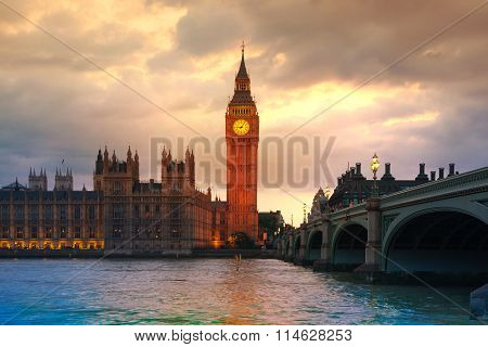 LONDON,  Big Ben and houses of Parliament at sunset.