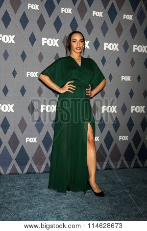 LOS ANGELES - JAN 15:  Cleopatra Coleman at the FOX Winter TCA 2016 All-Star Party at the Langham Huntington Hotel on January 15, 2016 in Pasadena, CA