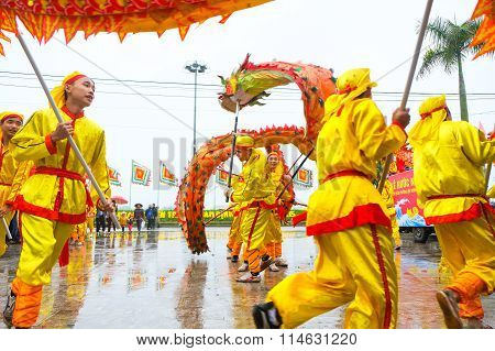 Vietnam dancer in Tet lunar New Year