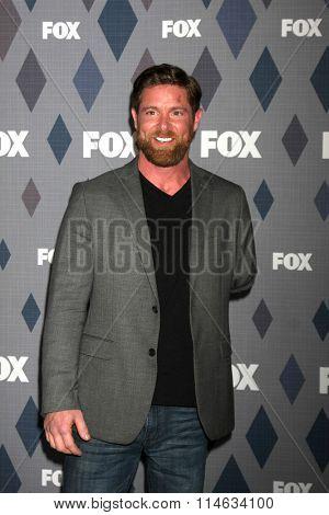 LOS ANGELES - JAN 15:  Noah Galloway at the FOX Winter TCA 2016 All-Star Party at the Langham Huntington Hotel on January 15, 2016 in Pasadena, CA