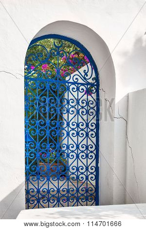 Blue Gate Of The Arabic Court