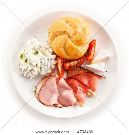 Breakfast - bacon, cottage cheese and vegetables