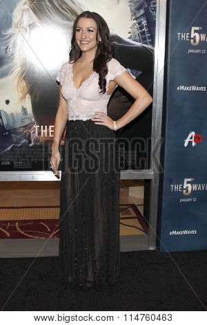 vLOS ANGELES - JAN 14:  Bailey Borders at the The 5th Wave Los Angeles Premiere at the Pacific Theatres At The Grove on January 14, 2016 in Los Angeles, CA