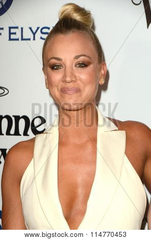 vLOS ANGELES - JAN 9:  Kaley Cuoco at the The Art of Elysium Ninth Annual Heaven Gala at the 3LABS on January 9, 2016 in Culver City, CA