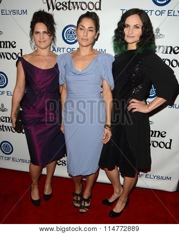 vLOS ANGELES - JAN 9:  Liberty Phoenix, Rain Phoenix, Summer Phoenix at the The Art of Elysium Ninth Annual Heaven Gala at the 3LABS on January 9, 2016 in Culver City, CA