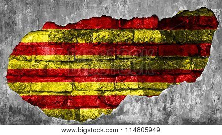 Flag of Catalonia, Catalan Flag painted on brick wall