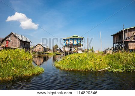 Fishermen's village of Inle Lake
