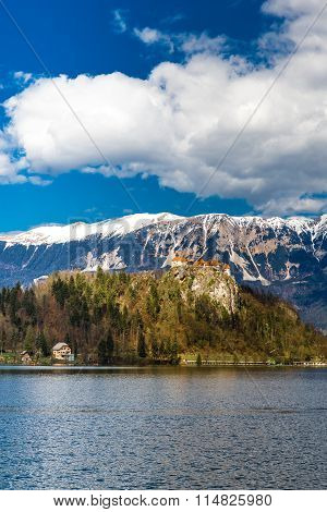 Bled Lake And Bled Castle With Mountain-slovenia
