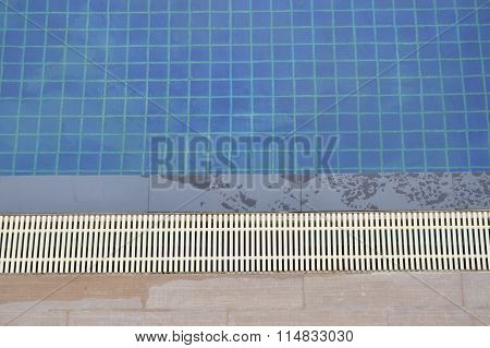 swimming pool with blue tile