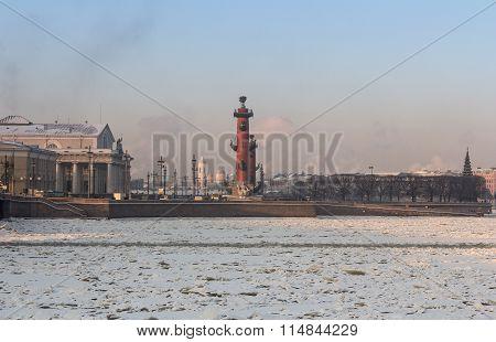 Rosstralnye Column On Vasilevsky Island.