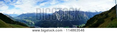 Mountain world in the Stubai Valley