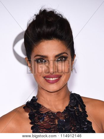 LOS ANGELES - JAN 06:  Priyanka Chopra arrives to the People's Choice Awards 2016  on January 06, 2016 in Hollywood, CA.